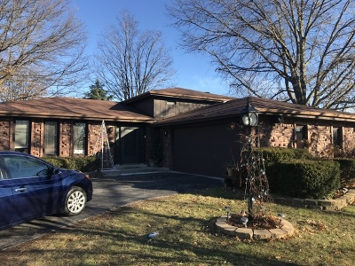 Lansing Single Family Home For Sale: 18943 Barbara Court