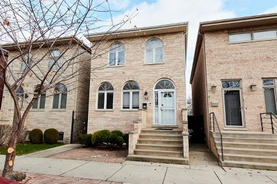Chicago Single Family Home For Sale: 3845 South Emerald Avenue