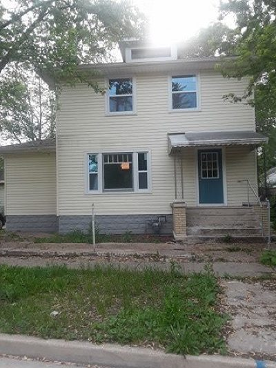 Joliet Single Family Home For Sale: 5 North Hickory Street