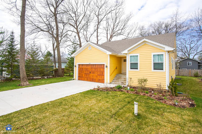 Round Lake Single Family Home For Sale: 34450 North Hickory Lane
