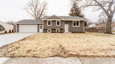 Glendale Heights Single Family Home Contingent: 1529 Pearl Avenue