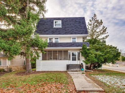 Elmhurst Single Family Home For Sale: 280 North Oak Street