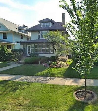Oak Park Single Family Home For Sale: 610 Gunderson Avenue