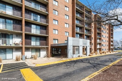 Naperville Rental For Rent: 799 Royal St George Drive #703