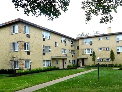 Evanston Condo/Townhouse Price Change: 2119 Howard Street #1F
