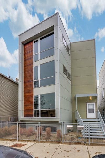 Condo/Townhouse For Sale: 532 North Hermitage Avenue #2