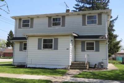 Bellwood Single Family Home For Sale: 301 50th Avenue