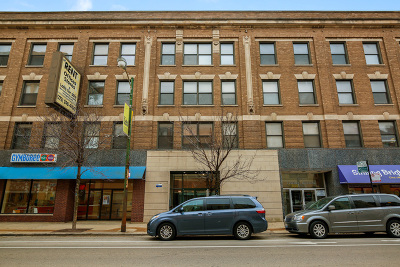 Condo/Townhouse New: 3160 North Lincoln Avenue #308