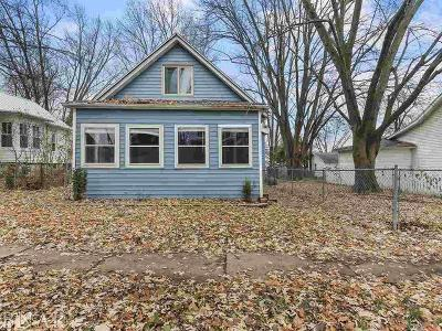 Bloomington Single Family Home For Sale: 507 East Jackson
