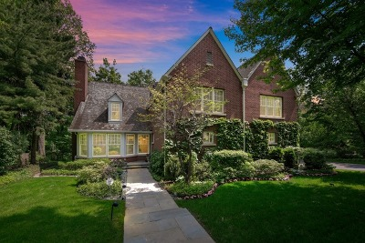 Highland Park Single Family Home For Sale: 1547 Knollwood Lane
