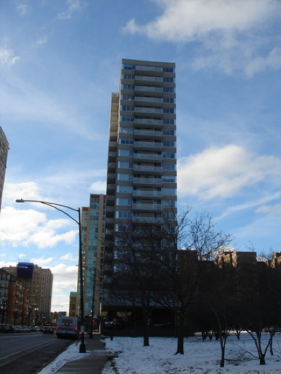Condo/Townhouse New: 5601 North Sheridan Road #16C