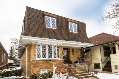 Elmwood Park Single Family Home For Sale: 2136 North 76th Avenue