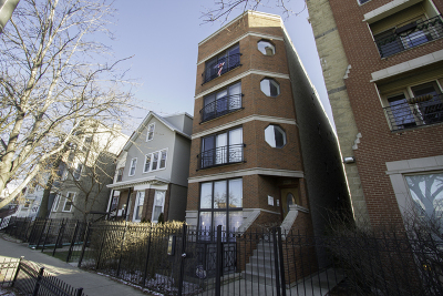 Chicago IL Condo/Townhouse New: $469,000
