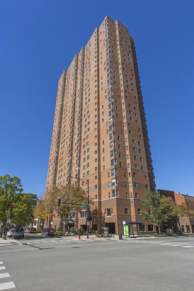 Rental New: 100 West Chestnut Street #2608