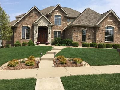 Orland Park Single Family Home Contingent: 10820 Warwick Lane