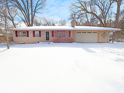 Crystal Lake IL Single Family Home New: $169,900