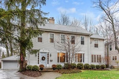 Winnetka Single Family Home For Sale: 1411 Edgewood Lane