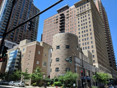 Condo/Townhouse For Sale: 40 East 9th Street #611