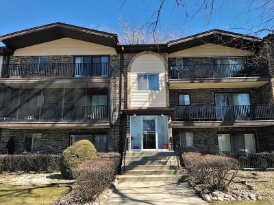 Crestwood Condo/Townhouse For Sale: 13521 Le Claire Avenue #65