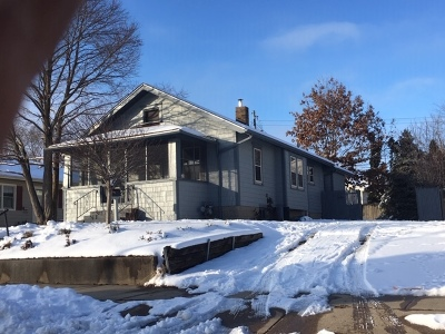 Single Family Home For Sale: 708 West Maple Street