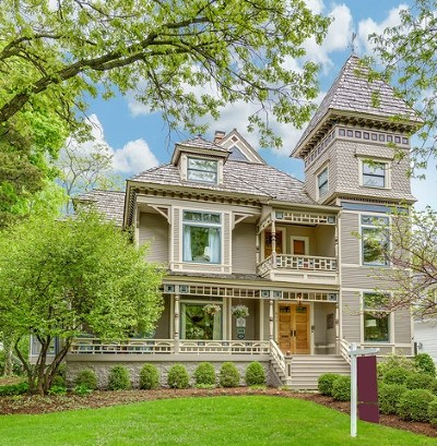 Glen Ellyn, Wheaton, Lombard, Winfield, Elmhurst, Naperville, Downers Grove, Lisle, St. Charles, Warrenville, Geneva, Hinsdale Single Family Home For Sale: 677 Highland Avenue