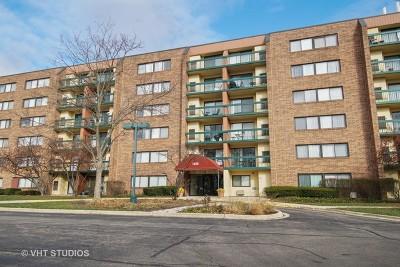 Hoffman Estates Condo/Townhouse For Sale: 1840 Huntington Boulevard #210