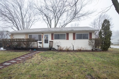 Glendale Heights Single Family Home For Sale: 153 East Drummond Avenue