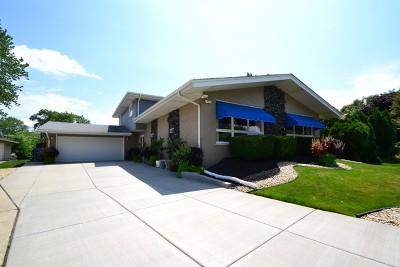 Oak Lawn Single Family Home For Sale: 10545 Lorel Avenue