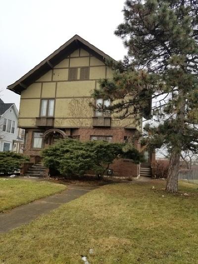 Aurora Single Family Home Contingent: 449 North Lake Street
