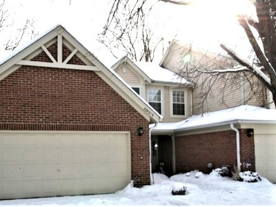 Warrenville Condo/Townhouse For Sale: 30w012 Laurel Court