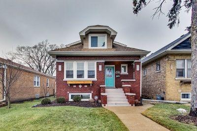 Brookfield Single Family Home For Sale: 3440 Prairie Avenue
