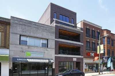 Commercial Lease Price Change: 3140 North Lincoln Avenue #1