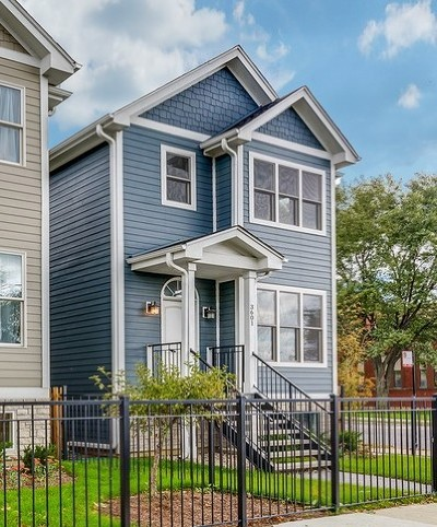 Single Family Home For Sale: 3601 North Mozart Street