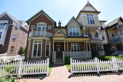 Naperville Condo/Townhouse For Sale: 4175 Royal Mews Circle