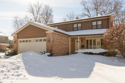 Arlington Heights Single Family Home For Sale: 354 South Carlyle Place