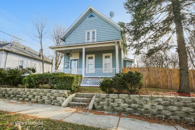 Elgin Single Family Home For Sale: 267 Summit Street