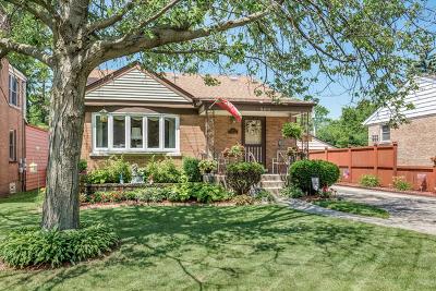 Elmhurst Single Family Home For Sale: 560 South Edgewood Avenue
