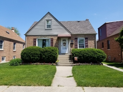 Evergreen Park Single Family Home For Sale: 10053 South Trumbull Avenue