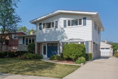 Morton Grove Single Family Home For Sale: 9232 Ozark Avenue