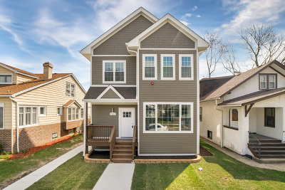 Oak Park Single Family Home For Sale: 916 Hayes Avenue