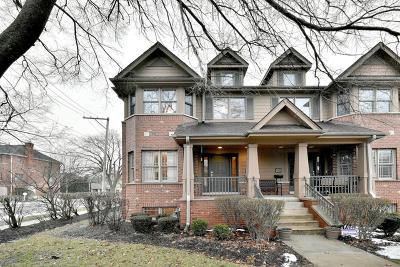 Elmhurst Condo/Townhouse For Sale: 222 North Addison Avenue