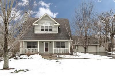 Algonquin Single Family Home For Sale: 1210 Winaki Trail