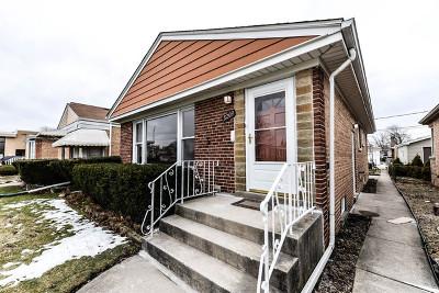 Norridge Single Family Home For Sale: 8209 West Giddings Street