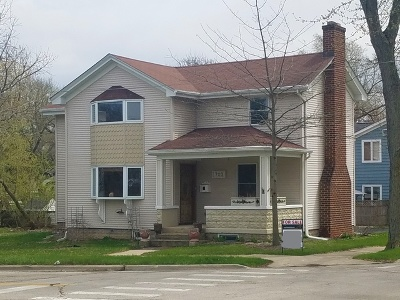 St. Charles Single Family Home For Sale: 703 Illinois Avenue