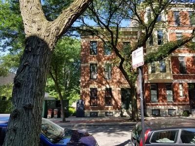 Condo/Townhouse For Sale: 1738 North North Park Avenue #1