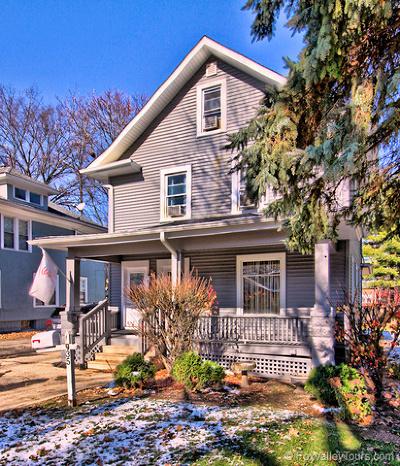 Aurora Multi Family Home For Sale: 933-935 Garfield Avenue