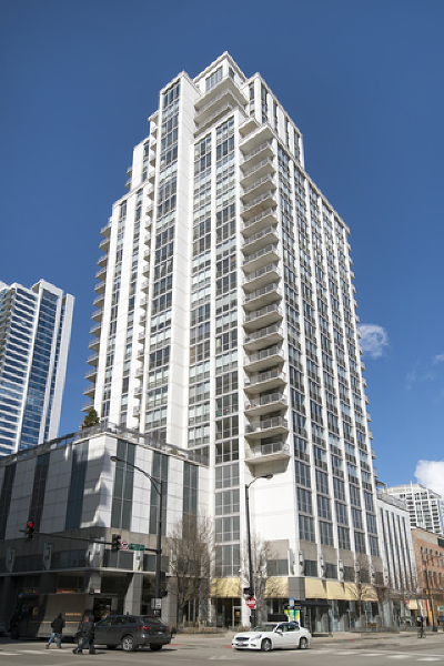 Condo/Townhouse For Sale: 200 West Grand Avenue #1604