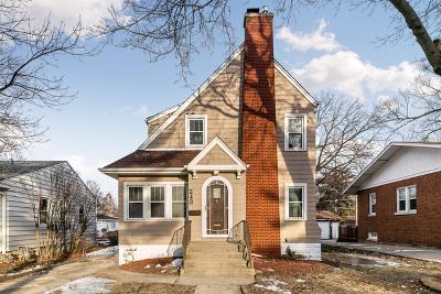 Elmhurst Single Family Home For Sale: 243 South Oakland Grove