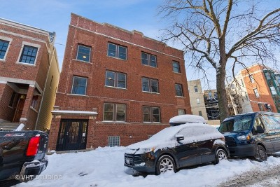 Multi Family Home For Sale: 831 West Altgeld Street