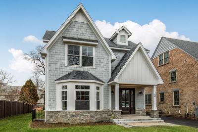 Glencoe Single Family Home For Sale: 160 Harbor Street